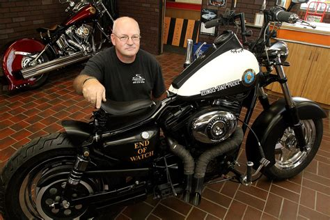 Fabricated chopper honors fallen ISP troopers - News