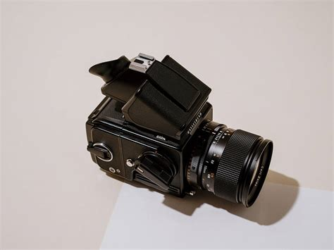 Hasselblad 202FA Film Camera Review For Portraits and Weddings